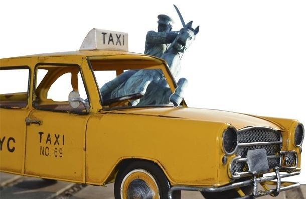 Вслед за казачьим такси в Петербурге появятся казачьи бронетранспортеры