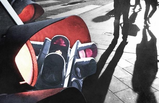 Самые «красные» светофоры Петербурга, на которые чаще всего жалуются пешеходы