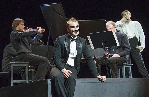 В БДТ поставили авангардную оперу без певцов