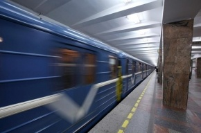 В Рождество петербургское метро будет работать всю ночь