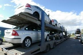 Со склада автозавода в Шушарах неизвестные попытались угнать три автомобиля