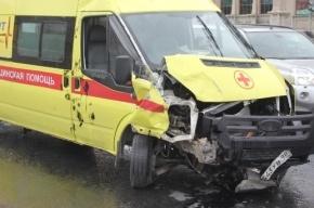 В Петербурге в ДТП со «скорой» ранены две женщины и младенец