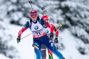 Россиянки завоевали золото в эстафете на этапе КМ по биатлону