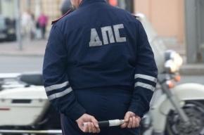 В Ленобласти водитель протаранил припаркованные авто, скрываясь от полиции