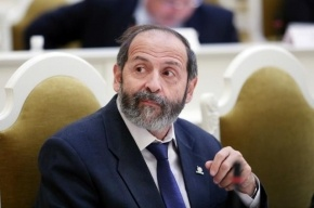 Милонов публично назвал депутата от «Яблока» Бориса Вишневского «мерзкой личностью»
