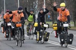 Пенсионеры Петербурга научатся ездить по городу на велосипеде безопасно