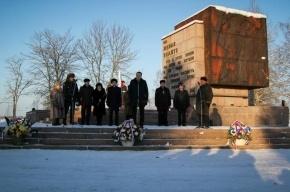 Неизвестные украли монумент воинам, павшим при защите Ленинграда
