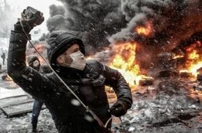 В Херсоне студентами-радикалами тяжело ранены три милиционера