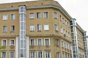 В жилом доме в центре Москвы рухнул карниз