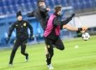 Тренировка «Боруссии» перед матчем с «Зенитом»: Фоторепортаж