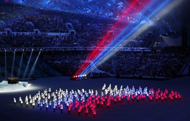 спицами самое красивое и зрелищное открытие олимпиады за историю ответить
