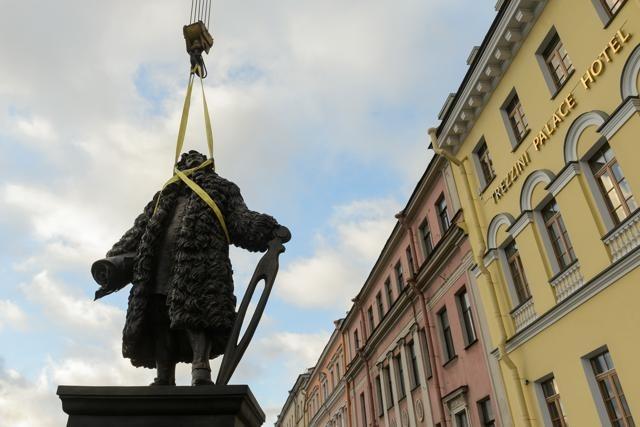 В Петербурге открывают памятник архитектору Трезини: Фото