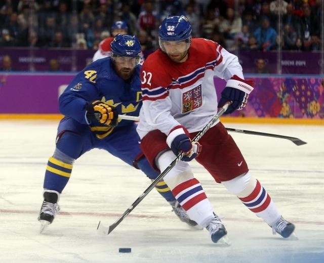 Фрагменты хоккейного матча Олимпиады-2014 Чехия - Швеция 12 февраля: Фото