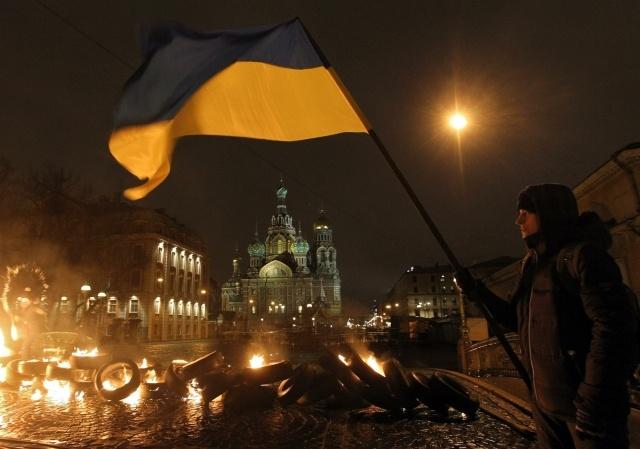 Акция Павленского: Фото