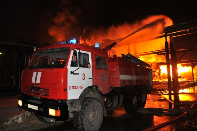 Пожар на Рязанском нефтезаводе 12.02.2014 года : Фото