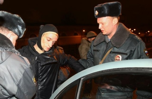 Петр Павленский: В России люди гибнут неизвестно за что, в Украине - за свободу