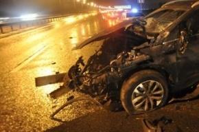 На Лесном проспекте «Калина» протаранила бетонную стену, водитель погиб