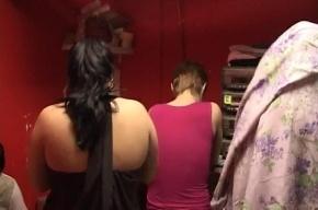 В Невском районе проститутки обслуживали клиентов на полу в подвале
