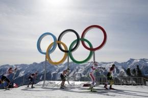 Российские биатлонисты взяли золото в эстафете и вывели Россию на первое место в медальном зачете