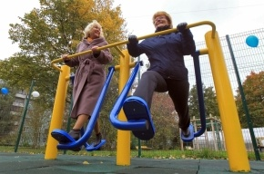 Петербуржцам разрешили пользоваться школьными спортплощадками