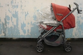 Грузовик сбил коляску с двухлетним ребенком в Пушкине