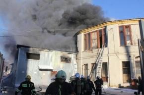 Пожар на проспекте Обуховской обороны удалось локализовать