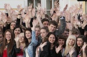Лучшие выпускники петербургских школ получат медали «За особые успехи в обучении»