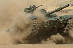 В Нижнем Тагиле легковушка врезалась в танк