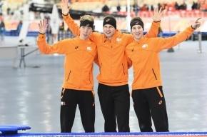 Голландцы оставили россиян без наград в беге на коньках на 5000 метров