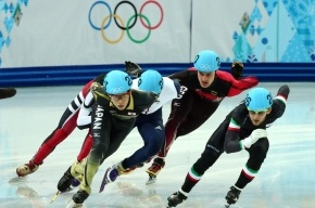 Россиянин Виктор Ан завоевал бронзу в шорт-треке на дистанции 1500 м