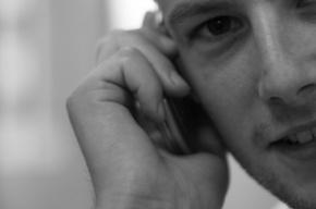 Ученые: мобильные телефоны не влияют на здоровье людей