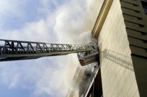 При пожаре на проспекте Кузнецова пострадала женщина
