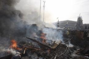 Войска и милицию вытесняют из центра Киева