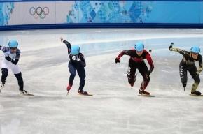 Сборная РФ по шорт-треку вышла в финал мужской эстафеты на 5000 метров