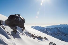 Сноубордист упал в трещину на Эльбрусе