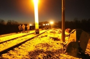 В Сети опубликовано видео с места столкновения маршрутки и поезда на Украине