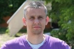 В Киеве от огнестрельных ранений умер журналист газеты «Вести»