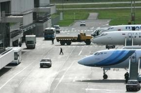 В Новосибирске совершил экстренную посадку самолет Bombardier