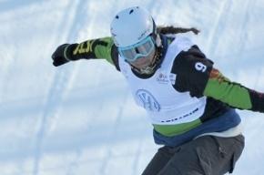 Американская сноубордистка Эрнандес упала и потеряла сознание