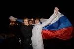 Власти Крыма провозгласили его независимость: Фоторепортаж