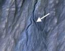 Зонд MRO заснял появление на Марсе нового оврага: Фоторепортаж