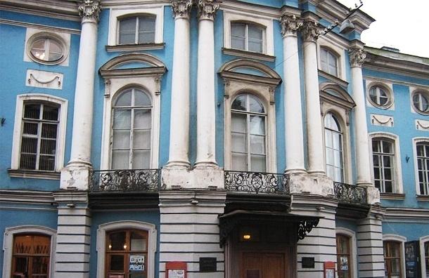 «Анатомические театры» Петербурга: где можно посмотреть на силиконовых покойников
