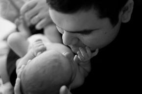 Ученые: У детей пожилых отцов повышен риск психических проблем