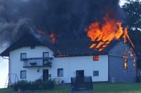 Отец троих детей повесился и сжег дом, задолжав по кредиту