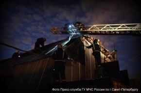Пожар в ангаре «Белстроя» на Хрустальной улице потушили