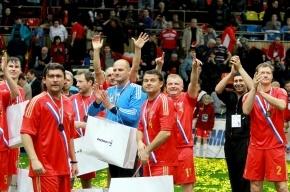 Футболисты сборной России в шестой раз стали победителями Кубка легенд