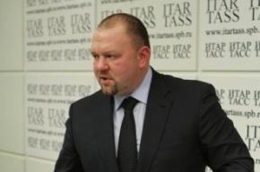 Глава комитета по печати Лобков отсудил у депутата Резника 50 тысяч