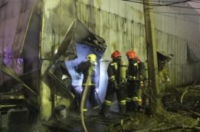 В Невском районе тушили пожар по повышенному номеру сложности