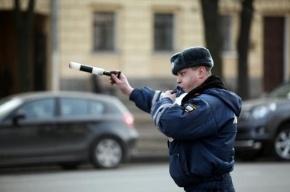 В Ленобласти пьяный водитель напал на инспектора