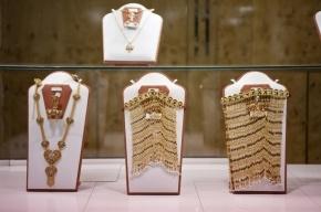 В Москве ювелирный магазин ограбили на 10 млн рублей